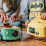 Le van des Mini Mondes, un jouet écologique fabriqué en France
